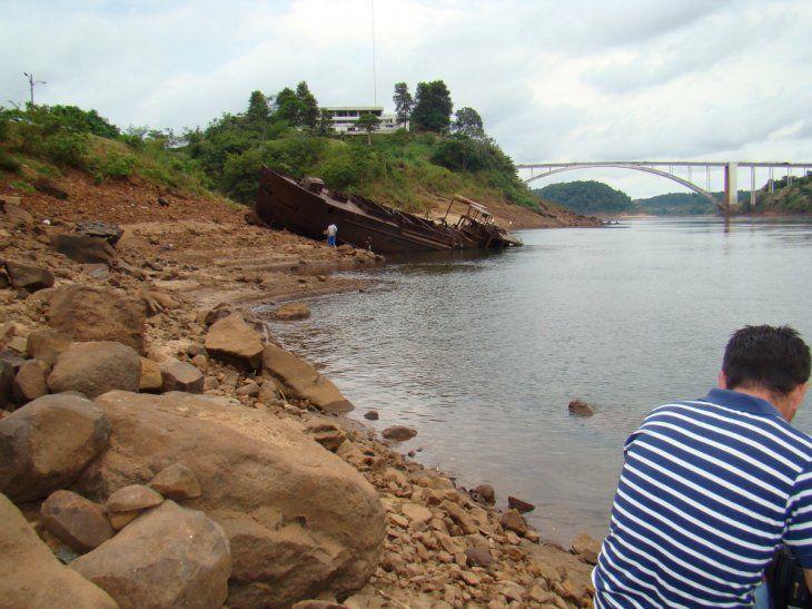 Navegación por el río Paraná continúa por ahora inviable